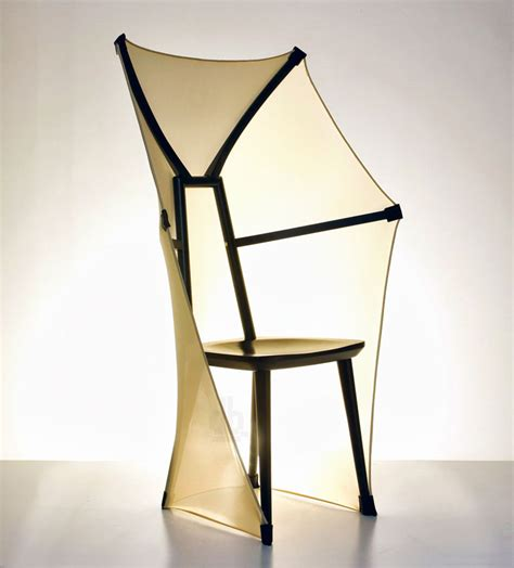 evolution de la chaise farg blanche 39 s fly f a b chair references a bat wing
