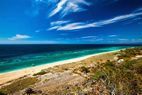 Praia De Bondura Baucau East Timor ~ Baucau History