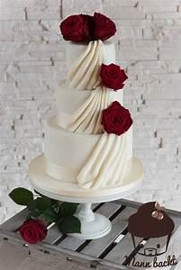 Hornspäne Für Rosen : klassisch elegante hochzeitstorte mit echten rosen und ein weiteres home f r meine cakes ~ Eleganceandgraceweddings.com Haus und Dekorationen