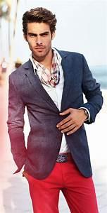 17 meilleures idees a propos de chinos pour hommes sur for Charming quelle couleur avec le bleu 0 quelle couleur de costume pour homme choisir