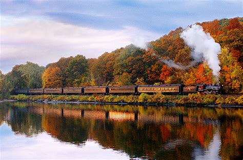 8 best fall foliage train rides fall leaf peeping train