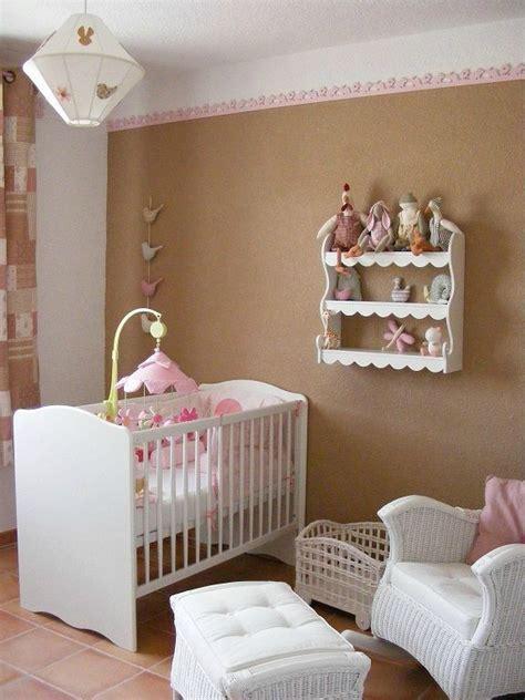 etagere pour chambre bebe etagere murale chambre fille chaios com