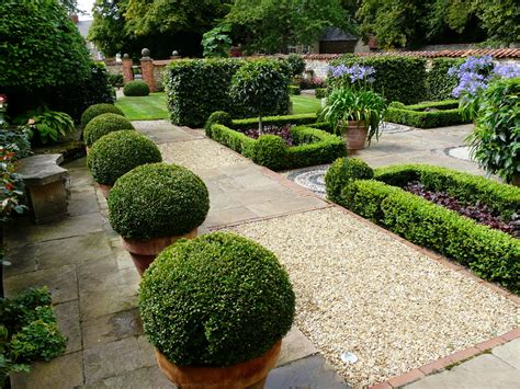 Garden Decoration Mauritius by How To Structure A Garden Petheram Garden Design
