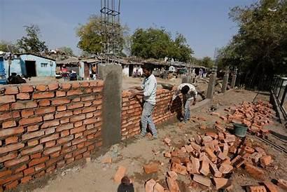 Trump India Slum Ahead Ap Donald Gujarat