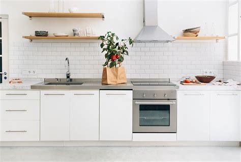 credence cuisine blanche davaus cuisine blanche quelle credence avec des idées intéressantes pour la conception