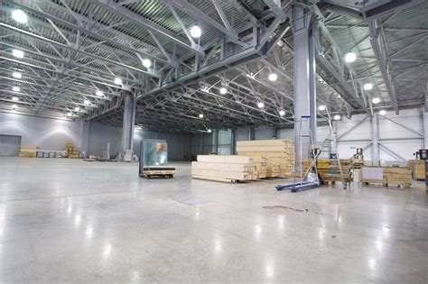 replacing hid with led in high bay applications offers