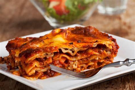 cuisiner boeuf recette de lasagnes à la bolognaise classiques à la