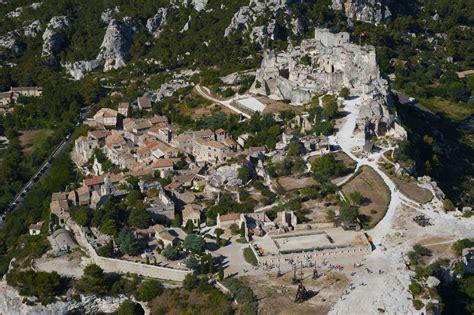 Le Les by Les Baux De Provence
