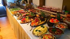 Kalte Platten Richtig Legen : buffet bestellen partyservice catering meet beef leipzig buffet fingerfood catering ~ Frokenaadalensverden.com Haus und Dekorationen