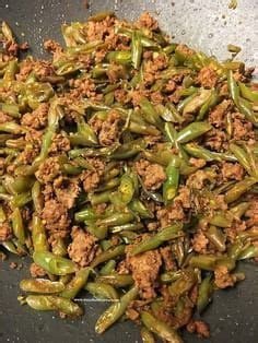 Made this recipe for my sister who is dibetic. Sautéed Green Beans With Ground Beef | Diabetic recipe with ground beef, Healthy ground beef ...