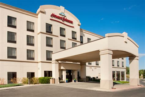 Save 50 Percent At Howard Johnson Hotels On Orange Wednesday Carpet Cleaning In Torrance California Al Port Townsend Wa Shack Dubuque Best Way To Get Pet Odor Out Of E Oscar Red 2017 Twist For Stairs One Upland Complaints Remove Chewing Gum From Car