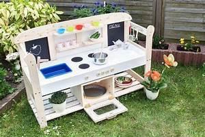 Spielküche Für Draußen : eine spielk che f r kinder selber bauen holz gretadiy kids kinder play kitchen ~ Eleganceandgraceweddings.com Haus und Dekorationen