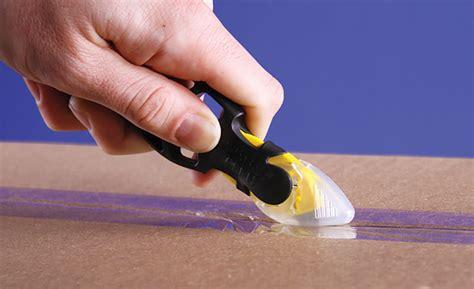 pick  correct utility safety knife