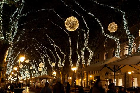 Traditional Christmas Activities And Markets In Mallorca