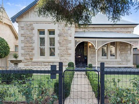 one four bedroom house plans sandstone classics currently on the market