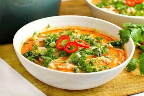 cuisine thailandaise recettes faciles recette facile de soupe poulet et nouille à la thaïlandaise