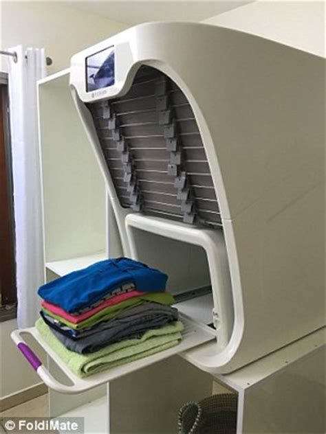 washer on top of dryer the 850 gadget that folds your laundry with arms