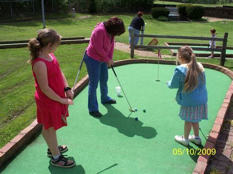 mini golf bureau 1000 images about mini golf on
