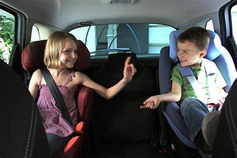 siege auto 6 mois un siège auto ou réhausseur jusqu 39 à quel âge