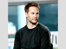 Taylor Kitsch Talks About Being Homeless, Sleeping on Subway