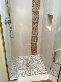 bathroom shower stalls ideas best 25 small shower stalls ideas on glass shower small bathroom showers and