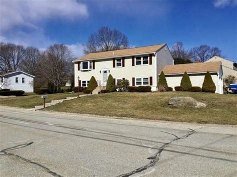 Homes For Sale In Ri Smithfield And Nearby Real Estate