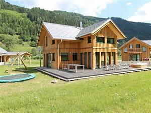 Spa Extérieur Bois : beau chalet en bois avec spa en interne et un jacuzzi ~ Premium-room.com Idées de Décoration