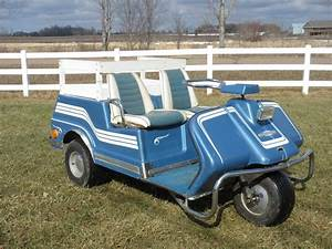 1969 Harley Davidson 3 Wheel Electric Golf Car    Cart