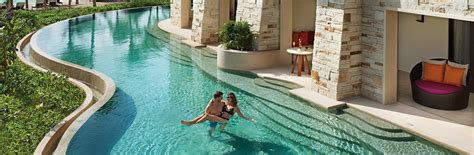 Caribbean Honeymoon Swim Up Suites
