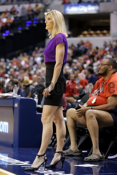 mavericks hire female assistant coachformer wnba hc jenny