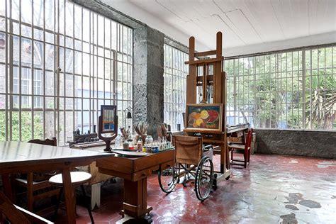 house home moon to moon la casa azul the home of frida kahlo
