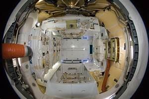 NASA - Dragon Splashdown Marks End of Landmark Flight