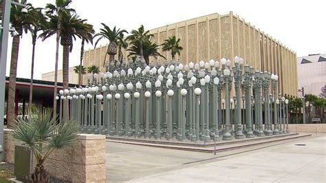 light museum los angeles lacma s well known urban light will go dark for 2 months
