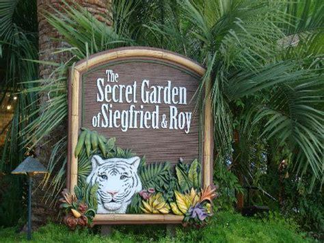 mirage secret garden secret garden mirage 2008 picture of siegfried roy s