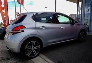 Peugeot 208 Essence Occasion : peugeot 208 gt line puretech 1 2 essence 110 cv eat6 launaguet proche toulouse dans le 31 ~ Gottalentnigeria.com Avis de Voitures