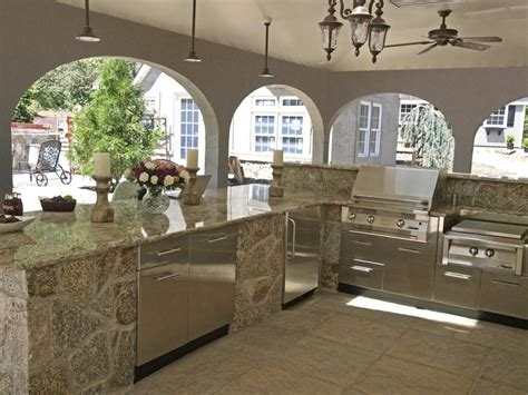 comptoir de cuisine quartz ou granit cuisine extérieure granite au sommet