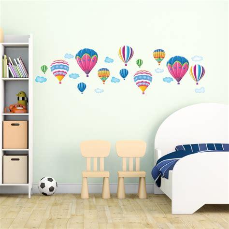 stickers chambre bébé et enfant idées pour les garçons