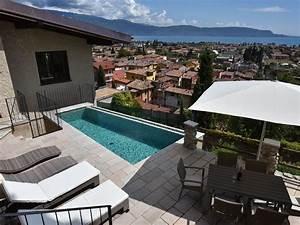 Terrasse Mit Pool : exklusives ferienhaus mit privatpool und seeblick toscolano maderno firma bellevue ferienhaus ag ~ Yasmunasinghe.com Haus und Dekorationen