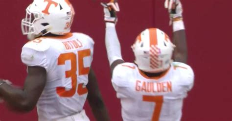 tennessee  alabama vols score  player flips double