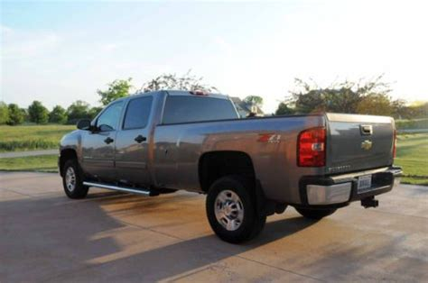buy   chevy silverado  wd crew cab long bed