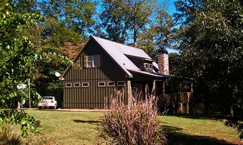 3 Bedroom Small Sloping Lot Lake Cabin by Max Fulbright