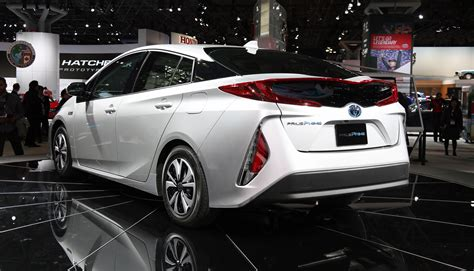 toyota new 2017 2017 toyota prius prime plug in hybrid model revealed at