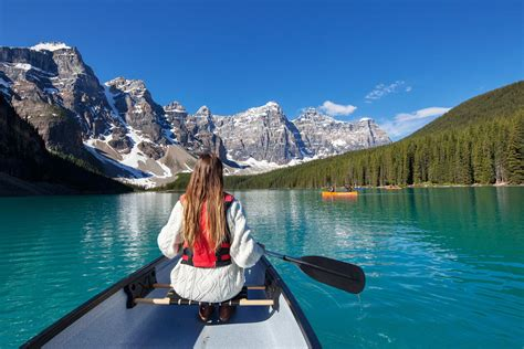 view  photo gallery moraine lake lodge  banff