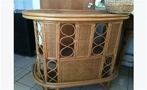 Tabouret De Bar Osier : bar osier bambou tabourets annonce meubles et d coration saint martin cyphoma ~ Teatrodelosmanantiales.com Idées de Décoration