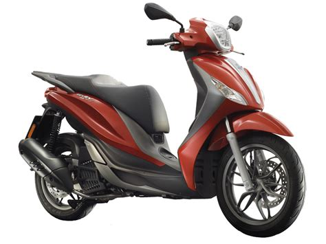 Review Piaggio Medley by Piaggio Medley 150 Reviews Productreview Au