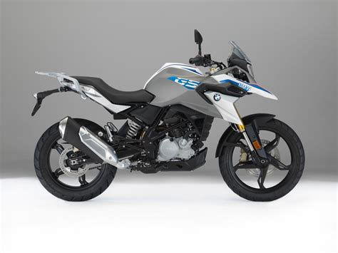 bmw g 310 gs 2017 bmw g 310 gs look 7 fast facts