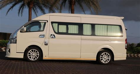 Hire 9 Seater Commuter Luxury Vehicle In Chennai