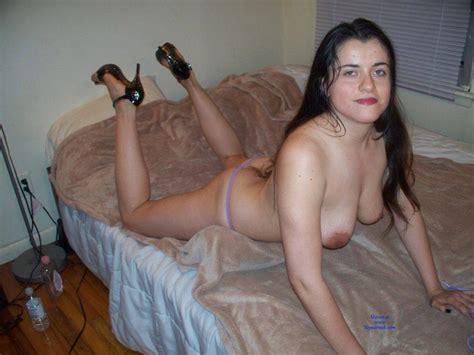 amateur sonja posing nude march 2018 voyeur web