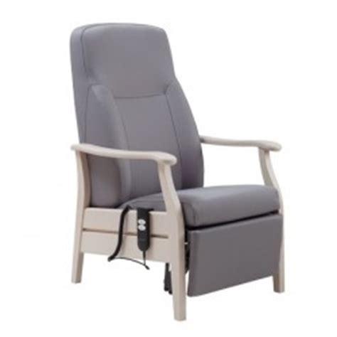 fauteuil pour personne agee fauteuil de repos fauteuil de relaxation pour personnes ag 233 es