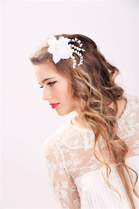 white bridal flower clip wedding hair accessories